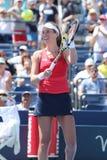 Le joueur de tennis professionnel Johanna Konta de la Grande-Bretagne célèbre la victoire après son troisième match de l'US Open  Image libre de droits