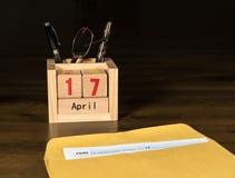 Le jour d'impôts pour 2017 retours est le 17 avril 2018 Images libres de droits