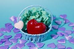Le jour des femmes internationales de Saint-Valentin et du 8 mars Cadeaux pour aimé image stock