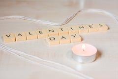 Le jour du ` s de Valentine a défini sur des tuiles de lettre Image stock
