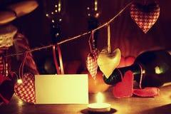 Le jour du ` s de Valentine mire le vin Photographie stock