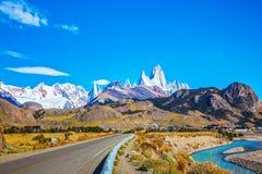 Le jour ensoleillé d'automne dans le Patagonia Image stock