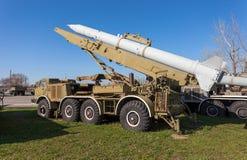 Le 9K52 Luna-m (FROG-7) est un système de missiles à courte portée soviétique de fusée d'artillerie Images libres de droits