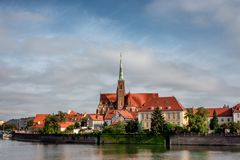 Le Katedra chez l'Odra à Wroclaw en Pologne photo libre de droits