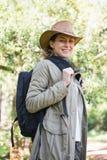 le kvinna för ryggsäck Arkivbilder