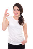 Le kvinnan med ok gest som isoleras på vit bakgrund Royaltyfri Fotografi
