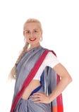 Le kvinnan som bär en klänning för östlig indier royaltyfria foton