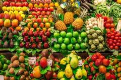 Le légume et le fruit calent en Mercat de la Boqueria Photo stock