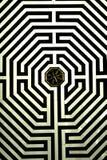 Le labyrinthe sur le plancher de la basilique de cathédrale de notre Madame d'Amiens Images libres de droits