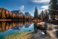 Le lac Antorno Photographie stock libre de droits