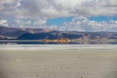 Le lac au Thibet Photographie stock libre de droits