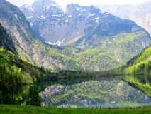 Le lac caché Photo stock