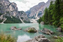 Le lac de Braies Images stock