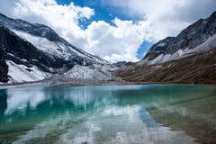 Le lac de lait du parc de Yading Photographie stock