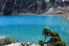 Le lac 69, en parc national du ¡ n de HuascarÃ, le Pérou Photo stock