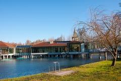 Le lac Heviz en Hongrie est 2ème plus grande guerre naturelle Photo libre de droits