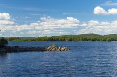 Le lac Ivo norten dedans le skane Images libres de droits