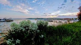 Le Lac Léman, le Wisconsin Shoreline avec des bateaux photos libres de droits
