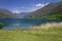 Le lac Ledro Photos stock