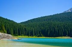 Le lac noir en parc national de Durmitor Image stock