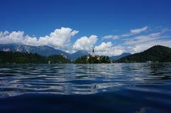 Le lac a saigné l'île, Slovénie Photo libre de droits