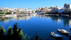 Le lac sans fond, Aghios Nikolaos photographie stock libre de droits
