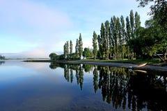 le lac se reflètent Image libre de droits