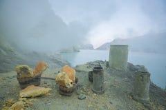 Le lac sulfurique du vulcano de Kawah Ijen dans Java-Orientale, Indonésie Image libre de droits