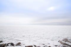 Le lac Supérieur congelé Photo stock