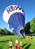 Le lancement traditionnel du ballon à air chaud Images libres de droits