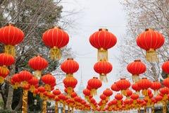 Le lanterne rosse fotografie stock