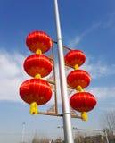 Le lanterne rosse mostrano l'atmosfera del nuovo anno cinese immagine stock