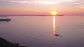 Le lever de soleil 2017 aérien de Maine Acadia National Park July 4K inspirent 2 clips vidéos