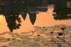 Le lever de soleil dans Angkor Vat, Cambodge Image libre de droits