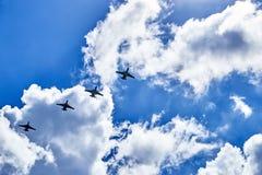 Le lien des bombardiers de combat image libre de droits