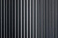 Le linee di sfiato verticali si chiudono sul nero grigio grigio bianco Fotografie Stock Libere da Diritti