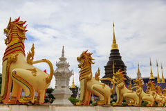 Le lion au wat banden le temple Photo libre de droits