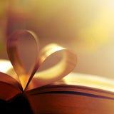 Le livre pagine le coeur Images libres de droits