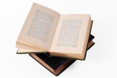 le livre vieux s'ouvrent Photos stock