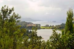 Le llaollao et les lacs d'hôtel s'approchent du bariloche Argentine Images stock