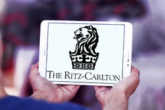 Le logo d'hôtels de Ritz-Carlton Photos stock