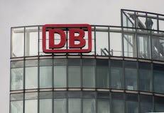 Le logo du DB allemand Deutsche Bahn de société de logistique Image libre de droits