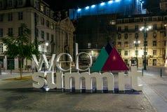Le logo pour le sommet de Web Photos libres de droits