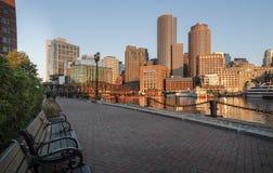 Le long du port de Boston Photographie stock