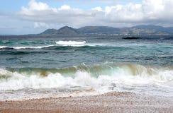 le long du roulement de côte l'Espagne ondule à l'ouest Photographie stock libre de droits