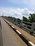 Le long pont image stock