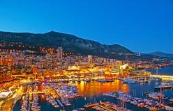 Le luci di sera del Monaco fotografie stock