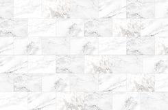 Le luxe du marbre blanc couvre de tuiles la texture et le fond Images stock