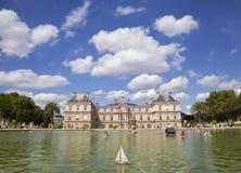 Le Luxembourg fait du jardinage Paris Image libre de droits