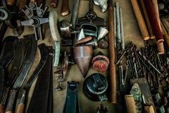 Le mécanicien différent usine l'instrument d'ingénieur photo stock